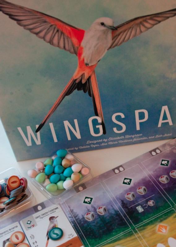 Wingspan-laatikko sekä tokenlaatikoita