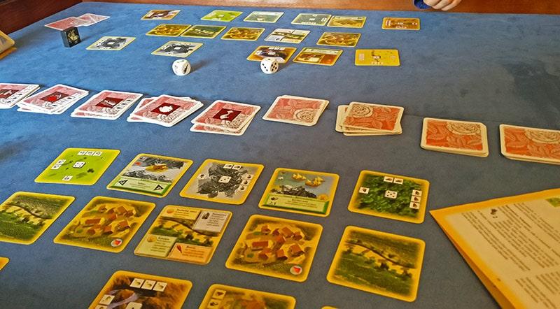 Halpapelisarja - Osa II: Catanin uudisasukkaat - korttipeli 4