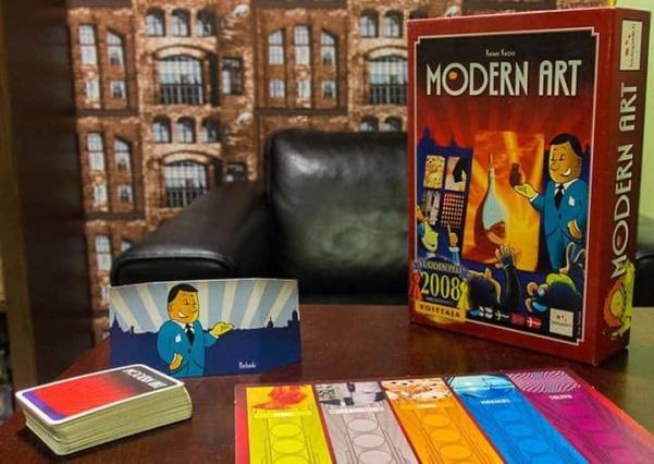 Halpapelisarja – Osa I: Modern Art