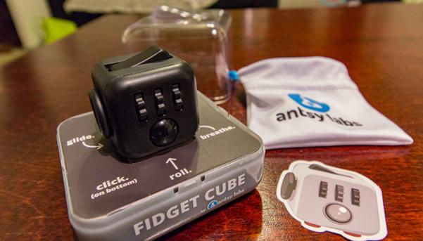 Fidget Cube – näperryskuutio